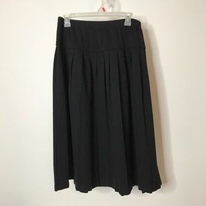 Alfred Dunner Full Skirt Size 16 Pleated Black